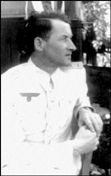 В. Хозенфельд.
