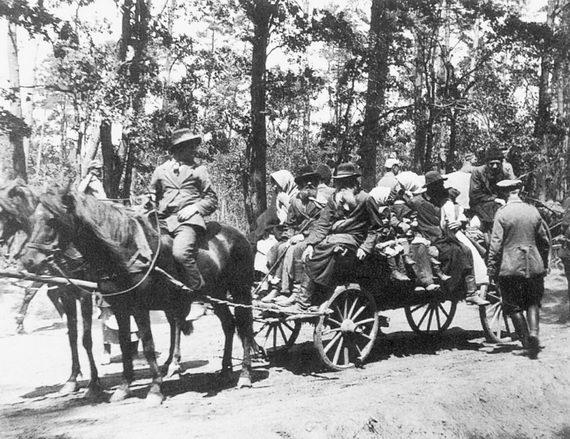 Евреи‑беженцы. 1915 (?)