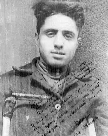 Ион Деген вгоспитале после ранения. 1946