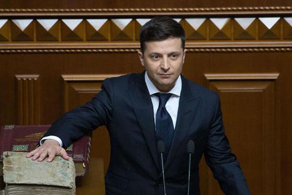 Новый президент Украины Владимир Зеленский 20 мая был приведен к присяге в Киеве, но на этом мероприятии не присутствовал ни один израильский министр или высокопоставленный чиновник.
